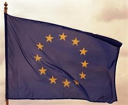 Bundesarchiv_B_145_Bild-F088724-0011,_Europaflagge,_wehend_Ausschnitt_(c)_BArchBot